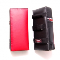 PROFESSIONAL FIGHTER KICK SHIELD RED/BLACK